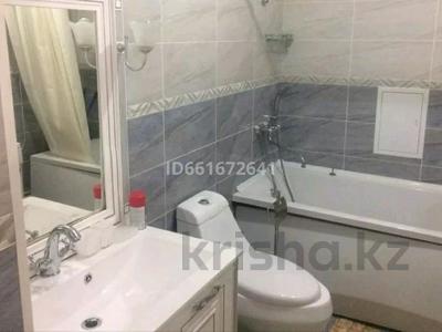 3-комнатная квартира, 110 м² помесячно, 17-й мкр за 300 000 〒 в Актау, 17-й мкр — фото 10