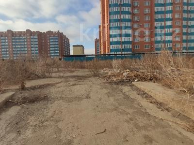 Здание, площадью 4580.3 м², Молдагуловой 56г за 598.9 млн 〒 в Актобе — фото 14