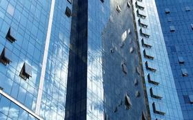 Офис площадью 89 м², Аль-Фараби 7 — Назарбаева за 53.9 млн 〒 в Алматы, Бостандыкский р-н
