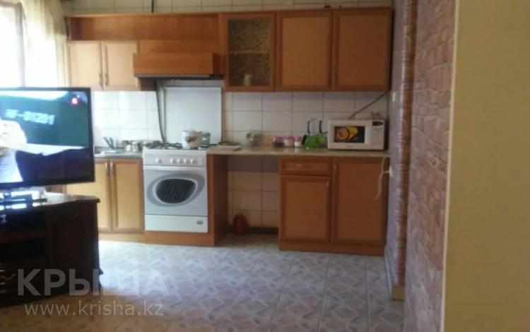 8-комнатный дом, 250 м², 8 сот., Крегера 224 за 65 млн 〒 в Шымкенте, Енбекшинский р-н