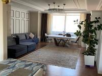 5-комнатная квартира, 188 м², 6/30 этаж помесячно