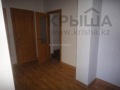 2-комнатная квартира, 68 м², 8 этаж, Желтоксан 2 за 22.2 млн 〒 в Нур-Султане (Астана), Сарыарка р-н — фото 6