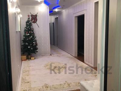 4-комнатная квартира, 108 м², 5/10 этаж, 27-й мкр 85 за 22 млн 〒 в Актау, 27-й мкр