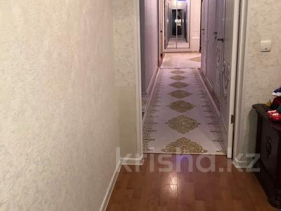 4-комнатная квартира, 108 м², 5/10 этаж, 27-й мкр 85 за 22 млн 〒 в Актау, 27-й мкр — фото 7