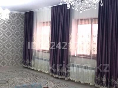 5-комнатный дом, 220 м², 18 сот., Елубаев 12 за 20 млн 〒 в С.шапагатовой