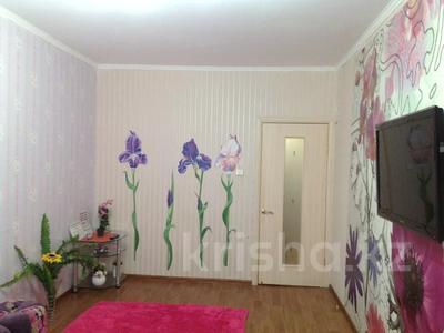 2-комнатная квартира, 58 м², 4/5 этаж помесячно, 7-й мкр 16 — Сквер за 130 000 〒 в Актау, 7-й мкр — фото 2