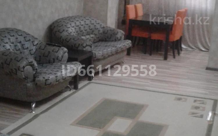 3-комнатная квартира, 70 м², 2/5 этаж, 6-й мкр, 6 мкр 6 за 12.8 млн 〒 в Актау, 6-й мкр