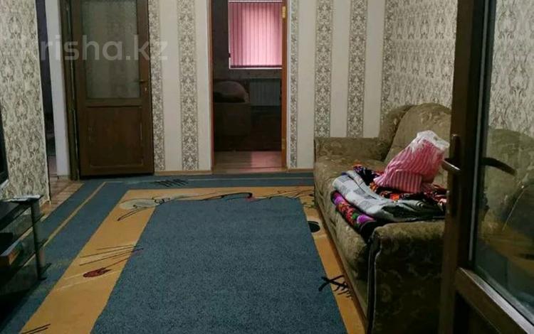 3-комнатная квартира, 60 м², 1/4 этаж, Гани иляева 21 — Байтурсынова за 20 млн 〒 в Шымкенте, Аль-Фарабийский р-н