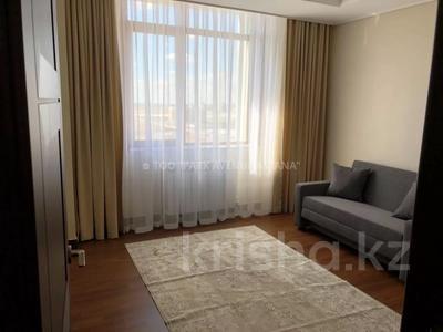 4-комнатная квартира, 110 м², 11/21 этаж помесячно, проспект Кабанбай батыра 43А за 450 000 〒 в Нур-Султане (Астана) — фото 10