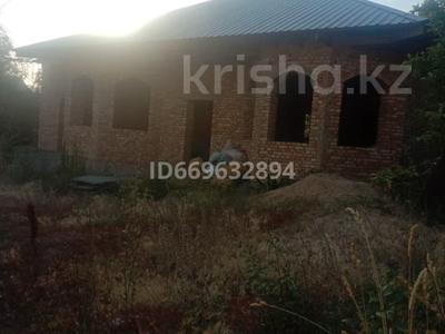 4-комнатный дом, 120 м², 12 сот., Тюльпанная 13 за 14 млн 〒 в Есик