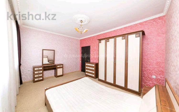 6-комнатный дом, 215 м², 10 сот., Балкантау за 60 млн 〒 в Нур-Султане (Астане), Алматы р-н