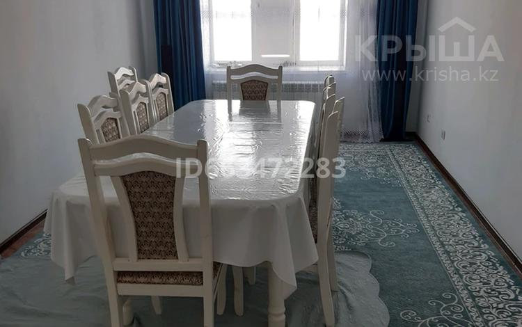 3-комнатная квартира, 100 м², 3/9 этаж, 4 мек 14 Г за 15 млн 〒 в Актобе, Нур Актобе