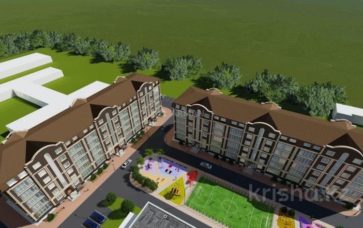3-комнатная квартира, 95 м², 4/6 этаж, Муканова за 22.8 млн 〒 в Караганде, Казыбек би р-н