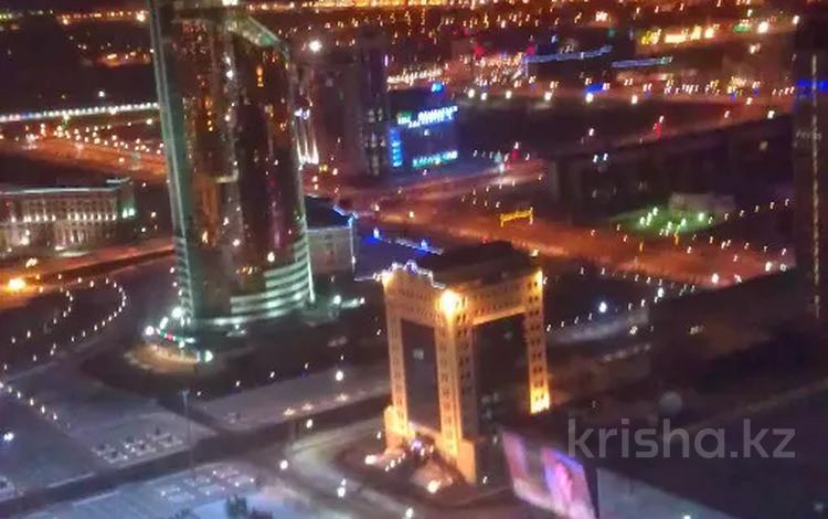 3-комнатная квартира, 116 м², 41/41 этаж, Достык 5/1 за 36 млн 〒 в Нур-Султане (Астана), Есиль р-н