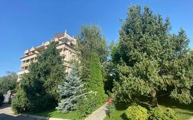 4-комнатная квартира, 220 м², 3/6 этаж помесячно, Водопроводная 7/2 — Аль-Фараби за ~ 1.5 млн 〒 в Алматы, Бостандыкский р-н