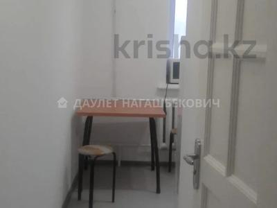 2-комнатная квартира, 60 м², 1/5 этаж на длительный срок, Байсеитовой 36 за 150 000 〒 в Алматы, Алмалинский р-н