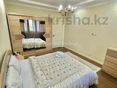 2-комнатная квартира, 65 м², 3/18 этаж посуточно, Навои 208/8 — Торайгырова за 14 000 〒 в Алматы, Бостандыкский р-н