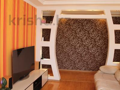 3-комнатная квартира, 59 м², 5/5 этаж, Крылов за 18 млн 〒 в Караганде, Казыбек би р-н — фото 2