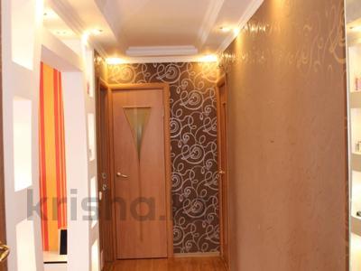 3-комнатная квартира, 59 м², 5/5 этаж, Крылов за 18 млн 〒 в Караганде, Казыбек би р-н — фото 11