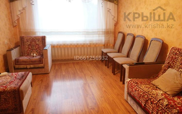 2 комнаты, 57 м², Центральный 45 за 40 000 〒 в Кокшетау