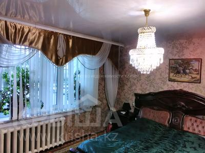 3-комнатная квартира, 64 м², 1/10 этаж, Мкр.Гульдер-1 д.14 за 16.3 млн 〒 в Караганде, Казыбек би р-н