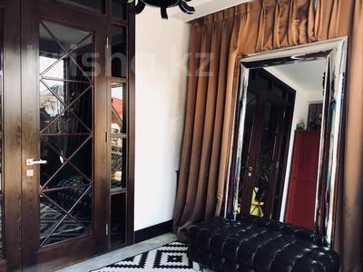 9-комнатный дом, 500 м², 10 сот., Ходжанова 58 г за 500 млн 〒 в Алматы, Бостандыкский р-н — фото 15