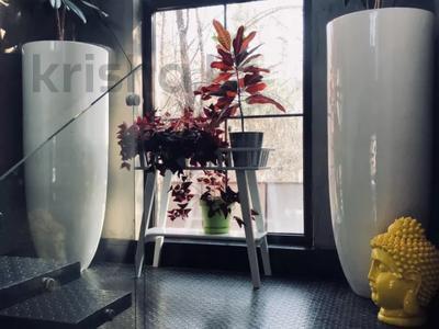 9-комнатный дом, 500 м², 10 сот., Ходжанова 58 г за 500 млн 〒 в Алматы, Бостандыкский р-н — фото 16