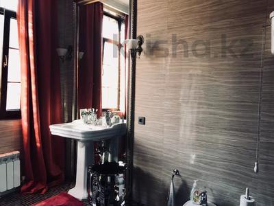 9-комнатный дом, 500 м², 10 сот., Ходжанова 58 г за 500 млн 〒 в Алматы, Бостандыкский р-н — фото 30