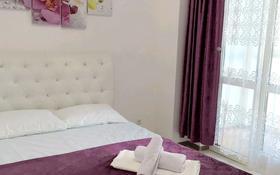 1-комнатная квартира, 40 м², 14 этаж посуточно, Брусиловского 144 — Шакарима за 11 000 〒 в Алматы, Алмалинский р-н