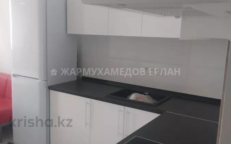 1-комнатная квартира, 46.7 м², 7/9 этаж помесячно, мкр Аксай-4, Мкр. Аксай-4 119 за 130 000 〒 в Алматы, Ауэзовский р-н