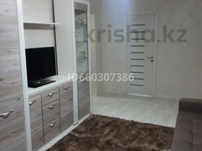2-комнатная квартира, 44 м², 3/5 этаж, 3 мкр 8 за 13.8 млн 〒 в Чапаеве