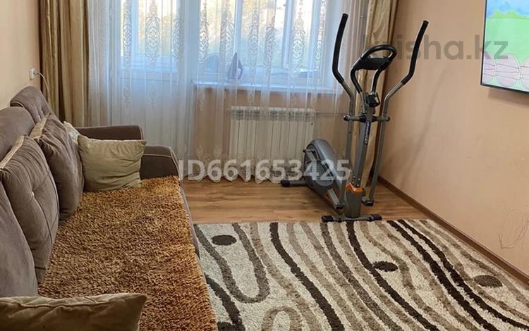 2-комнатная квартира, 44 м², 4/5 этаж, 35 квартал 12 за 9.8 млн 〒 в Семее