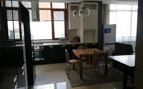 3-комнатная квартира, 113 м², 4/26 этаж на длительный срок, Байтурсынова 1 за 350 000 〒 в Нур-Султане (Астане), Алматы р-н