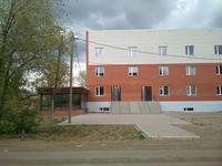 Здание, площадью 1600 м²