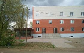Здание, площадью 1600 м², Зачаганск ул. Жангирхана 65В за 400 млн 〒 в Уральске