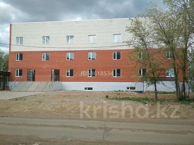 Здание, площадью 1600 м², Зачаганск ул. Жангирхана 65В за 400 млн 〒 в Уральске — фото 4
