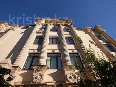 2-комнатная квартира, 75 м², 1/4 этаж, Омаровой 21 — проспект Достык за 37.5 млн 〒 в Алматы, Медеуский р-н — фото 13