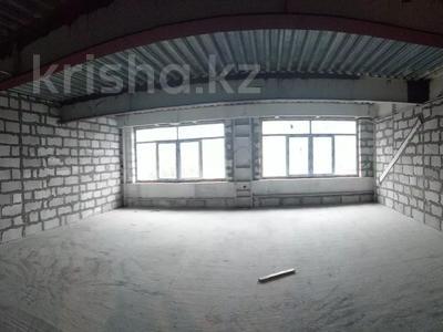 2-комнатная квартира, 75 м², 1/4 этаж, Омаровой 21 — проспект Достык за 37.5 млн 〒 в Алматы, Медеуский р-н — фото 2
