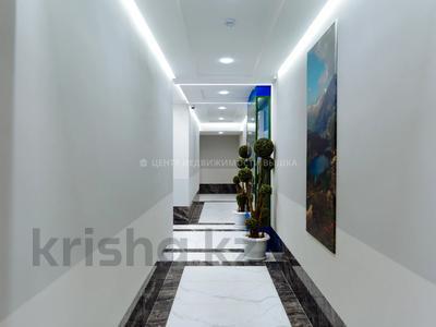 2-комнатная квартира, 68.42 м², 22/24 этаж, Қабанбай батыр 48/5 за ~ 24.2 млн 〒 в Нур-Султане (Астана), Есиль р-н — фото 10