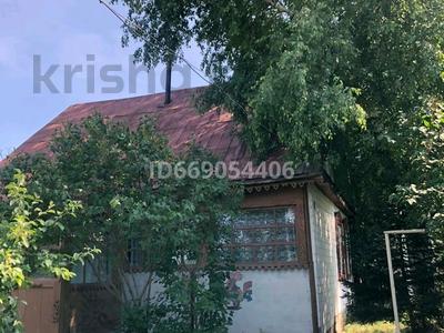 3-комнатный дом, 55 м², 20 сот., Ново-Троицкое Центральная 46 за 3.5 млн 〒 в Усть-Каменогорске