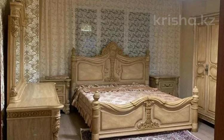 2-комнатная квартира, 71 м² посуточно, улица Брусиловского 163 за 14 000 〒 в Алматы, Алмалинский р-н