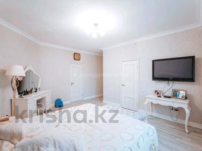 4-комнатная квартира, 184 м², 2/7 этаж, Калдаякова 2 за 70 млн 〒 в Нур-Султане (Астана), Алматы р-н