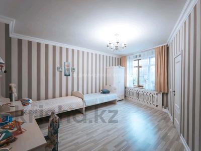 4-комнатная квартира, 184 м², 2/7 этаж, Калдаякова 2 за 70 млн 〒 в Нур-Султане (Астана), Алматы р-н — фото 2