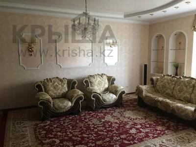 3-комнатная квартира, 122 м², 4 этаж помесячно, Динмухамеда Кунаева 14 за 300 000 〒 в Нур-Султане (Астана), Есиль р-н — фото 10