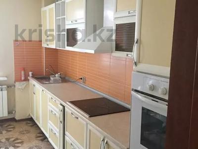 3-комнатная квартира, 122 м², 4 этаж помесячно, Динмухамеда Кунаева 14 за 300 000 〒 в Нур-Султане (Астана), Есиль р-н — фото 2