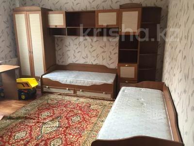 3-комнатная квартира, 122 м², 4 этаж помесячно, Динмухамеда Кунаева 14 за 300 000 〒 в Нур-Султане (Астана), Есиль р-н — фото 4