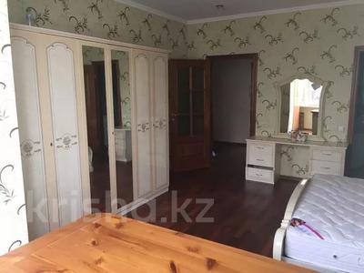 3-комнатная квартира, 122 м², 4 этаж помесячно, Динмухамеда Кунаева 14 за 300 000 〒 в Нур-Султане (Астана), Есиль р-н — фото 8