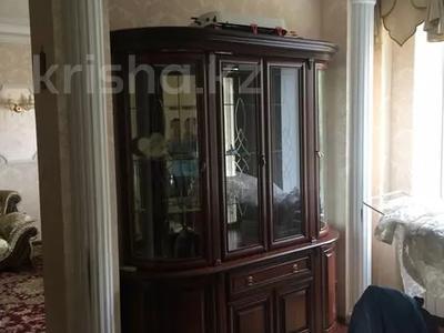 3-комнатная квартира, 122 м², 4 этаж помесячно, Динмухамеда Кунаева 14 за 300 000 〒 в Нур-Султане (Астана), Есиль р-н — фото 9