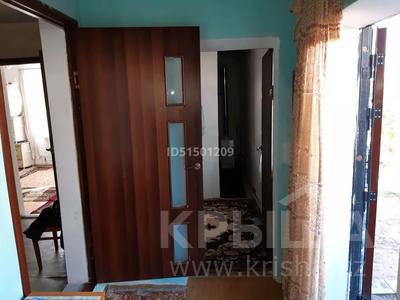 3-комнатный дом, 60 м², 6 сот., Дачный массив Виктория 92 за 7 млн 〒 в Чапаеве — фото 3
