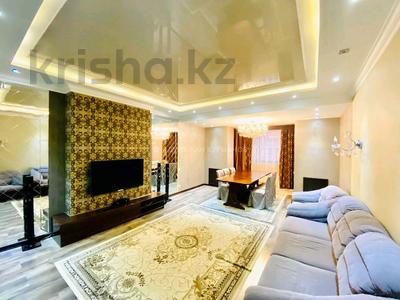 3-комнатная квартира, 170 м², 3/12 этаж, проспект Рахимжана Кошкарбаева 28 за 52 млн 〒 в Нур-Султане (Астане), Алматы р-н